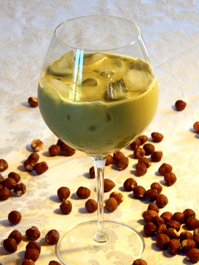 iced-matcha-hazelnut-latte