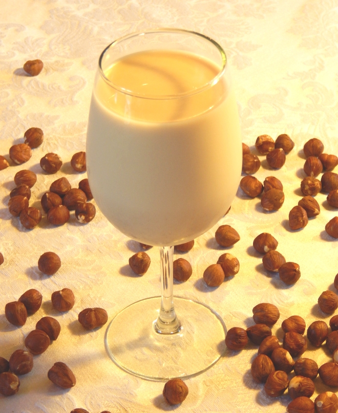 Toasted Hazelnut Vanilla Nut Milk.jpg