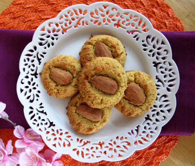 Chinese Almond Cookies made with almond flour