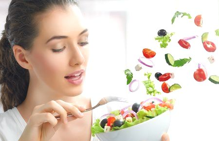 beautiful-girl-eating-healthy-food